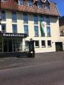 Fahne am Ratskeller in Wiedenbrück