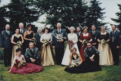 Throngesellschaft 1998-1999
